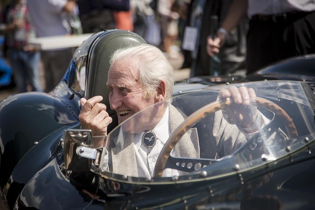 Jaguar XJ13 und Norman Dewis – die Legenden leben weiter