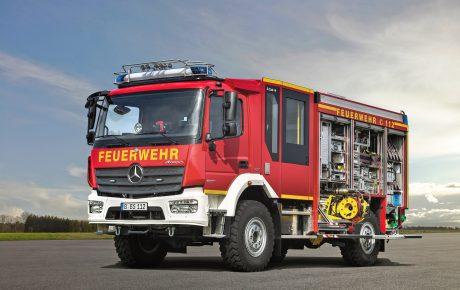 Großauftrag für Feuerwehren von Mercedes-Benz LKW