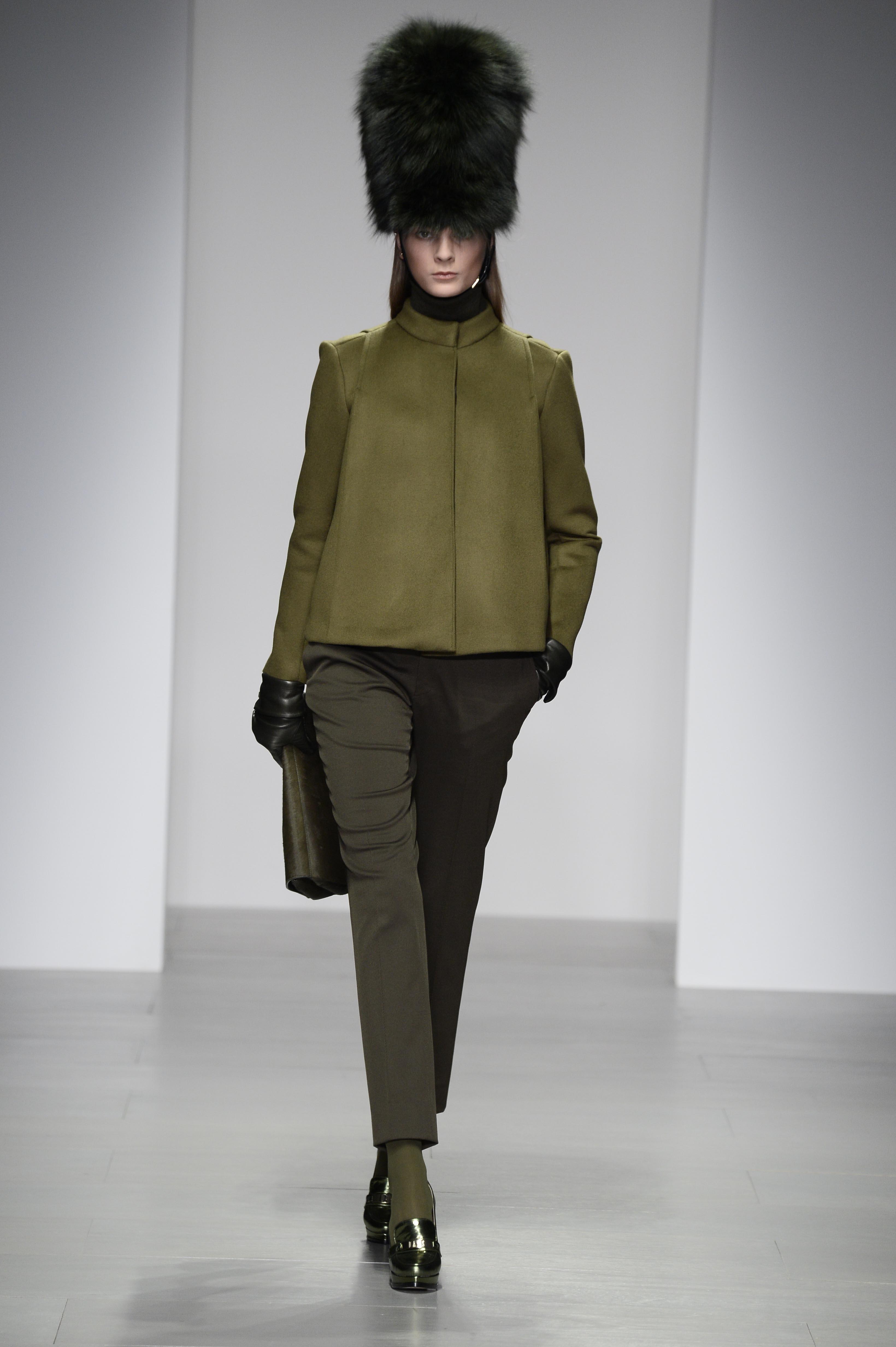 DAKS präsentiert neue Womenswear Kollektion
